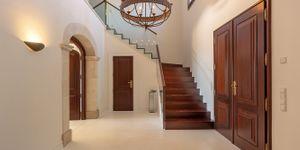 Finca in Felanitx - Luxuriöses Landhaus mit einzigartigem Blick (Thumbnail 6)