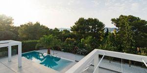 Villa in Alcudia - Modernes Anwesen mit Meerblick (Thumbnail 7)