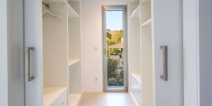 Villa in Alcudia - Modernes Anwesen mit Meerblick (Thumbnail 8)