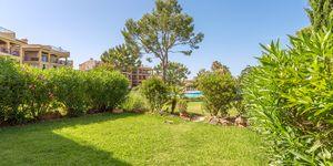 Sonnige Gartenwohnung nahe zu Port Adriano (Thumbnail 5)