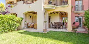 Sonnige Gartenwohnung nahe zu Port Adriano (Thumbnail 3)