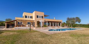 Finca in Portocolom - Mediterranes Landhaus mit Meerblick (Thumbnail 1)