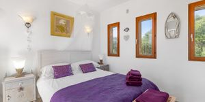 Mediterranean finca with sea views in Portocolom (Thumbnail 10)
