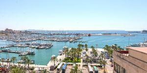 Exclusive penthouse with harbor views in Palma de Mallorca (Thumbnail 1)