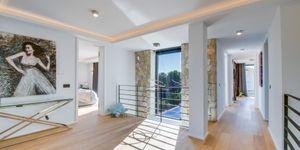 Exkluzivní a luxusní vila s výhledem na moře v Santa Ponsa, Mallorka (Thumbnail 10)