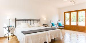 Villa in Sa Coma - Chalet mit Pool und Ferienvermietlizenz (Thumbnail 10)