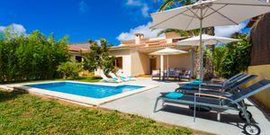 Villa in Sa Coma - Chalet mit Pool und Ferienvermietlizenz (Thumbnail 1)