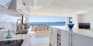 Moderní apartmán na pláži v Puerto Portals (Thumbnail 4)