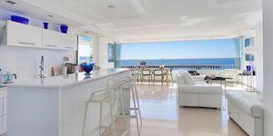 Moderní apartmán na pláži v Puerto Portals (Thumbnail 5)