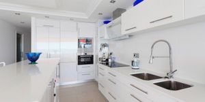 Moderne Meerblick Wohnung mit Strandzugang (Thumbnail 6)