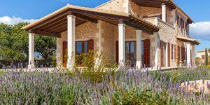 Finca in Santanyi - Luxuriöses Landhaus mit Meerblick (Thumbnail 4)