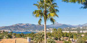 Villa im mediterr. Stil  mit Panorama Meerblick in Santa Ponsa (Thumbnail 1)