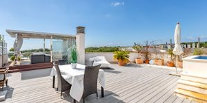 Penthouse for sale with sea view in Mallorca southwest (Thumbnail 2)