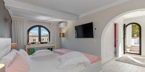 Villa in Sol de Mallorca - Komplett sanierte mit Meerblick (Thumbnail 8)