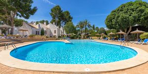 Modernized townhouse with sea views in Sol de Mallorca (Thumbnail 1)