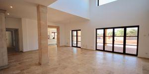 Neubau Finca Anwesen in Südlage mit hochwertiger Ausstattung (Thumbnail 4)