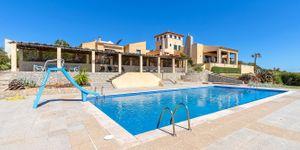 Villa in Cala Murada - Anwesen in erster Meereslinie mit Gästehaus (Thumbnail 5)