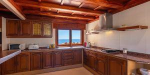 Villa in Cala Murada - Anwesen in erster Meereslinie mit Gästehaus (Thumbnail 8)
