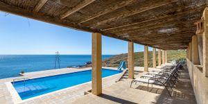 Villa in Cala Murada - Anwesen in erster Meereslinie mit Gästehaus (Thumbnail 4)