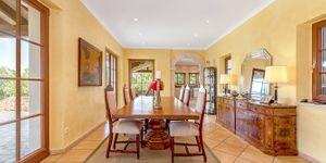 Beautiful villa with large pool in Santa Magdalena (Thumbnail 6)