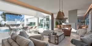 Villa in Santa Ponsa - Neugebautes Anwesen mit Meerblick (Thumbnail 4)