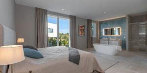 Villa in Santa Ponsa - Neugebautes Anwesen mit Meerblick (Thumbnail 8)