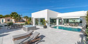 Villa in Santa Ponsa - Neugebautes Anwesen mit Meerblick (Thumbnail 3)