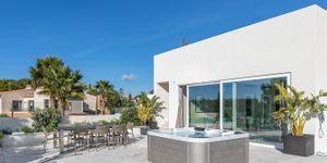 Villa in Santa Ponsa - Neugebautes Anwesen mit Meerblick (Thumbnail 7)