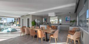 Villa in Santa Ponsa - Neugebautes Anwesen mit Meerblick (Thumbnail 6)