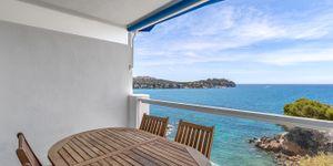 Moderní apartmán přímo u moře v Santa Ponsa (Thumbnail 1)