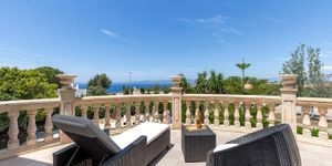 Mediterrane Villa  mit Meerblick an der Südküste (Thumbnail 2)