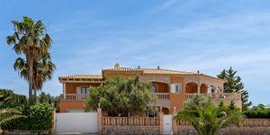 Mediterranean villa with sea views in Sa Torre (Thumbnail 4)