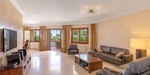 Mediterrane Villa  mit Meerblick an der Südküste (Thumbnail 7)