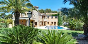 Exklusive Villa im mediterranen Stil (Thumbnail 1)