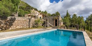 Mediterranean finca with panoramic views in Valldemossa (Thumbnail 7)