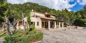 Mediterranean finca with panoramic views in Valldemossa (Thumbnail 2)