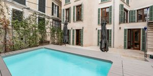 Exclusive apartment in the heart of Palma with private pool (Thumbnail 1)
