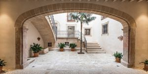 Exclusive apartment in the heart of Palma with private pool (Thumbnail 10)