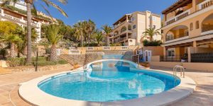 Sea view apartment in the picturesque fishing port of Port Andratx (Thumbnail 3)