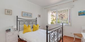 Sea view apartment in the picturesque fishing port of Port Andratx (Thumbnail 8)