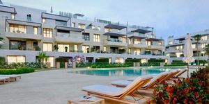 Krásné apartmány na prodej poblíž pláže v Santa Ponsa, Malorka (Thumbnail 1)