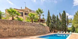 Haus in Palma - Herrenhaus mit großem Grundstück (Thumbnail 2)