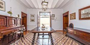 Haus in Palma - Herrenhaus mit großem Grundstück (Thumbnail 3)