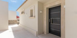 Modern renovated villa for sale in Santa Ponsa (Thumbnail 6)
