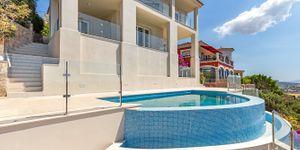 Modernisierte Villa mit fantastischem Meerblick über die Küste (Thumbnail 3)