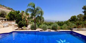 Elegante Luxus Villa auf großem Grundstück und Panoramablick (Thumbnail 3)