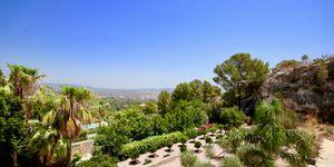 Elegante Luxus Villa auf großem Grundstück und Panoramablick (Thumbnail 2)