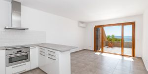Sea view apartment with large terrace in Illetes (Thumbnail 4)