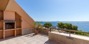 Sea view apartment with large terrace in Illetes (Thumbnail 2)