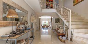Luxury villa with sea views and a fantastic plot in Santa Ponsa (Thumbnail 7)